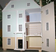 Dolls-House-for-raffle